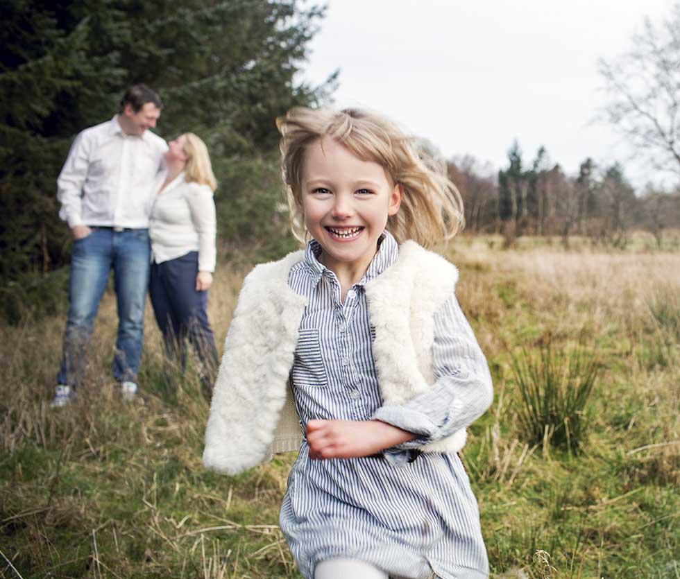 Familie Fotograf i Odense. Familiefotografeirng. Flotte Familiebilleder. Fotograf i esbjerg
