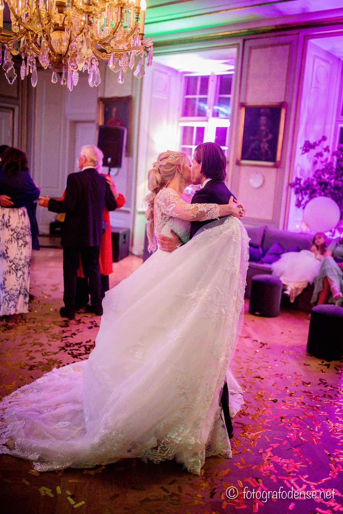 Guide: Sådan holder du den perfekte bryllupsfest på budget