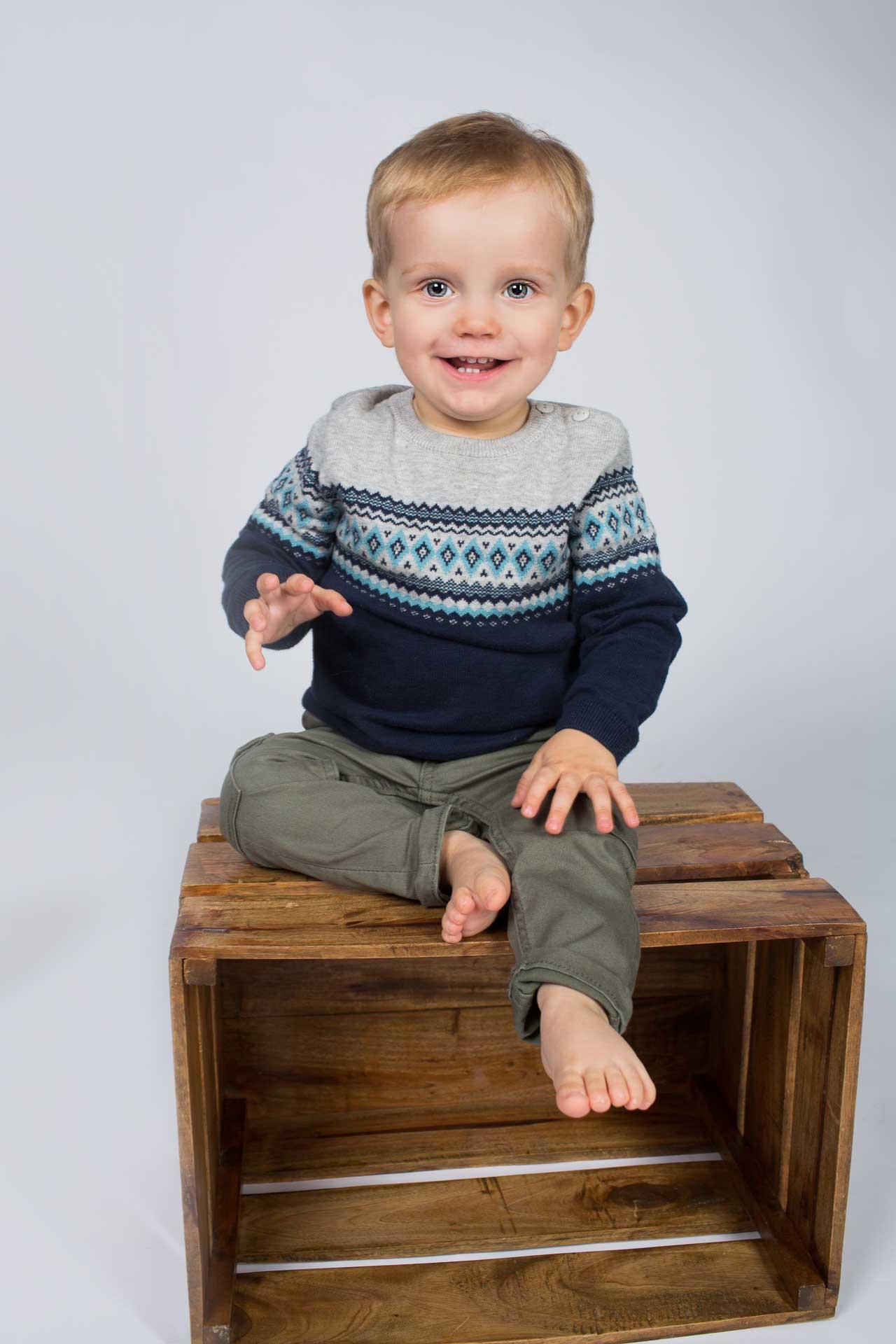 Jeg er en erfaren børne fotograf og mor til 2 dejlige børn